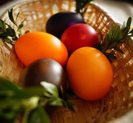 zárcsere húsvétkor is